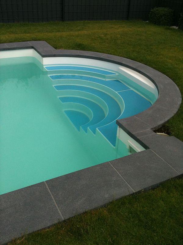 Pool r mische treppe k ln wasser w rme albers for Schwimmbecken rund 3m